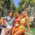Luísa Sonza não dispensa um beachwear por dentro das tendências, como o biquíni fluorescente