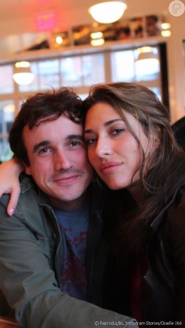 Giselle Itié, ex-namorada de Caio Junqueira, lastima morte do ator: 'Como dói'