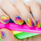 Neon, glitter, unhas metalizadas e mais: 5 trends de nail art para o Carnaval