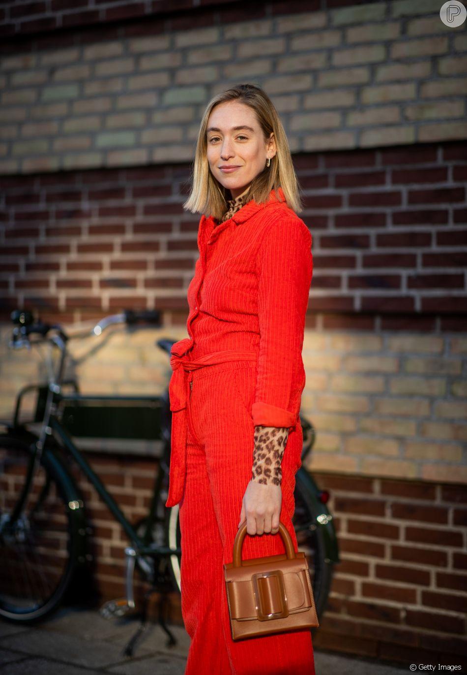 Cores primárias: um look total red é muito fashion e marcante.