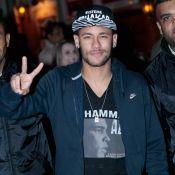 Neymar ironiza crítica de ex-jogador por 2 festas:'Triste que não foi convidado'