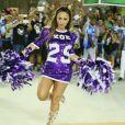 Sabrina Sato samba muito em ensaio de carnaval da Unidos de Vila Isabel, no Rio
