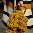 Bolsa artesanal no desfile de Ulla Johnson Outono Inverno na Semana de Moda de Nova York.