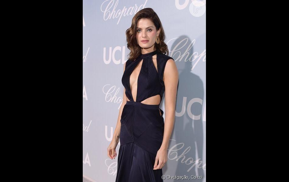 Isabeli Fontana compareceu ao Hollywood Science for Gala, realizado nesta quinta-feira (21), nos Estados Unidos.