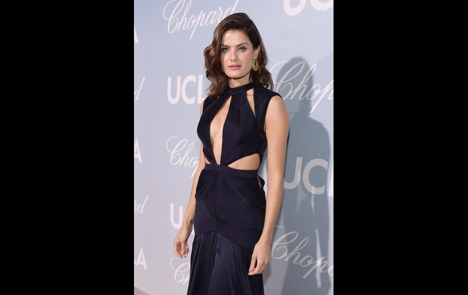 Isabeli Fontana compareceu ao Hollywood Science for Gala, realizado nesta quinta-feira (21), nos Estados Unidos.