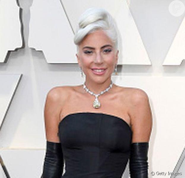 Lady Gaga brilhou no tapete vermelho do Oscar 2019 realizado neste domingo, 24 de fevereiro de 2019