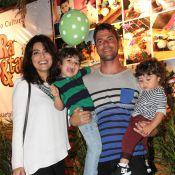 Juliana Paes leva os filhos à festa de aniversário de Eva, filha de Luciano Huck