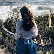 Débora Nascimento posta foto em viagem, cita Clarice Lispector e famosos curtem