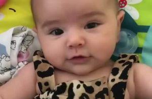 Minifashionista! Filha de Sabrina Sato, Zoe usa maiô animal print de R$ 1,8 mil