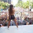 Anitta reúne multidão no Rio com seu Bloco das Poderosas, em 9 de março de 2019