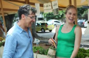 Angélica vai às compras com Paulo Betti, o Téo de 'Império', em feira orgânica