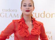 All red! Marina Ruy Barbosa combina batom e look Givenchy em evento. Fotos!