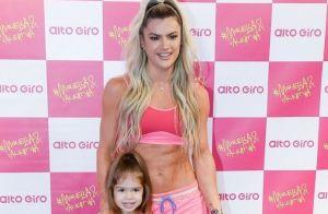 Mirella Santos combina look fitness com filha e Andressa Suita elogia: 'Lindas'
