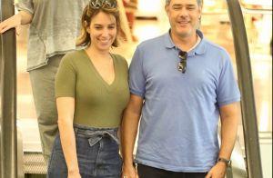 Clima romântico! William Bonner e a mulher almoçam juntos em shopping