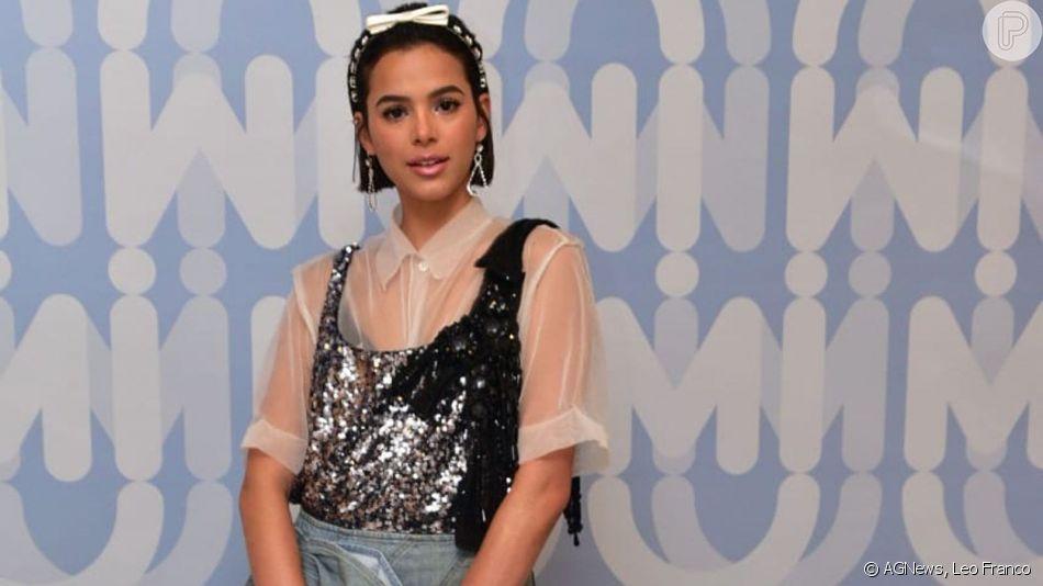 Bruna Marquezine revela não ter perfil fake no Instagram durante festa de lançamento da Miu Miu, nesta quarta-feira, dia 03 de abril de 2019