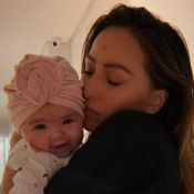 Estilosa! Zoe, filha de Sabrina Sato, usa faixa e lenço em foto: 'Mãe babona'