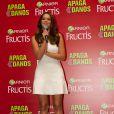 Bruna Marquezine falou sobre a nova linha da Garnier, o Apaga Danos, em uma rápida conversa com a imprensa