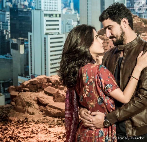 Jamil (Renato Góes) e Laila (Julia Dalavia) vão afirmar que confiam em Dalila/Basma (Alice Wegmann) nos próximos capítulos da novela 'Órfãos da Terra'.
