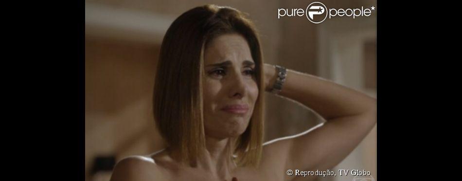 Helena Fernandes dá vida a Lucrécia na novela 'Malhação' e descobre um nódulo no seio na cena exibida nesta quinta-feira, 9 de outubro de 2014