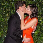 Só casal! Camila Queiroz, Larissa Manoela e mais beijam seus pares em festa