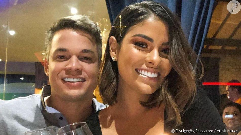 Ex-BBB Munik Nunes  postou foto com marido e semelhança surpreendeu internautas nesta quarta-feira, 12 de junho de 2019