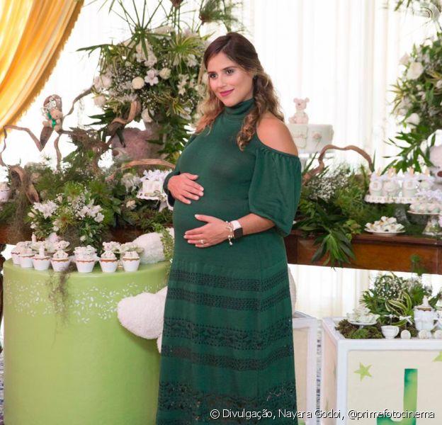 Camilla Camargo reúne amigos no chá de bebê do primeiro filho, Joaquim, em 16 de junho de 2019