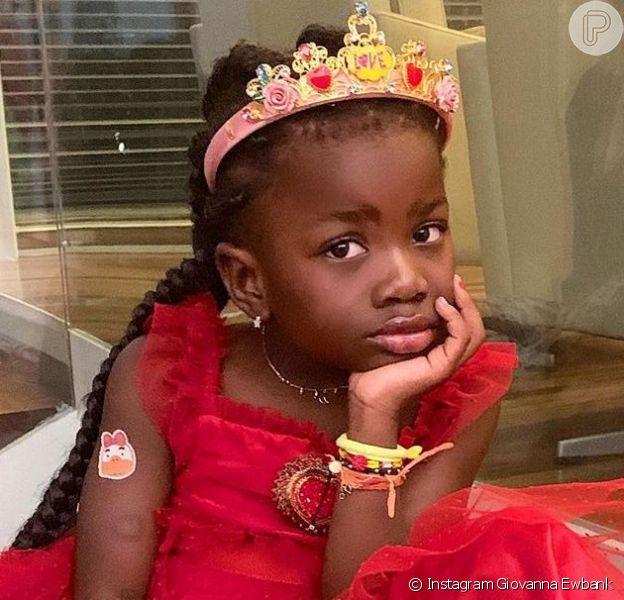 Giovanna Ewbank e Bruno Gagliasso postam fotos do aniversário de princesa da Títi