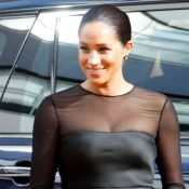Nada básico! Meghan Markle usa vestido preto grifado em première de 'O Rei Leão'