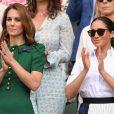 Durante a partida de tênis, um gesto de Kate Middleton para Meghan Markle chamou atenção: ela consolou a americana ao ver que Selena Williams, amiga da americana, tinha perdido a partida