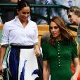 Meghan Markle e Kate Middleton foram juntas à final feminina de Wimbledon