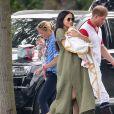 Meghan Markle levou o filho, Archie, a uma partida de polo de Harry em que George, Charlotte e Louis estavam com Kate Middleton e William