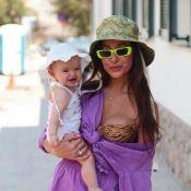 Sabrina Sato ganha elogios de famosos em foto de biquíni com a filha: 'Icônica'