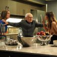 Sobra para Silviano (Othon Bastos) separar Danielle (Maria Ribeiro) e Amanda (Adriana Birolli)