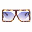 Novo óculos de sol de Anitta custa €211, o equivalente a R$ 892
