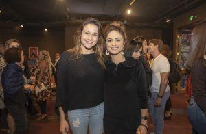 Ao lado de Luciano Huck, Angélica usa vestido de couro em evento de Preta Gil