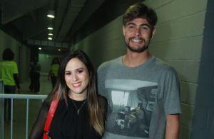 Joelho de Tatá Werneck chama atenção em foto de atriz com Rafael Vitti. Veja!