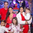 Simone explicou que o filho, Henry, quer que ela e o marido, Kaká Diniz, formem uma família com um casal assim como Simaria, mãe de Pawel e Giovanna