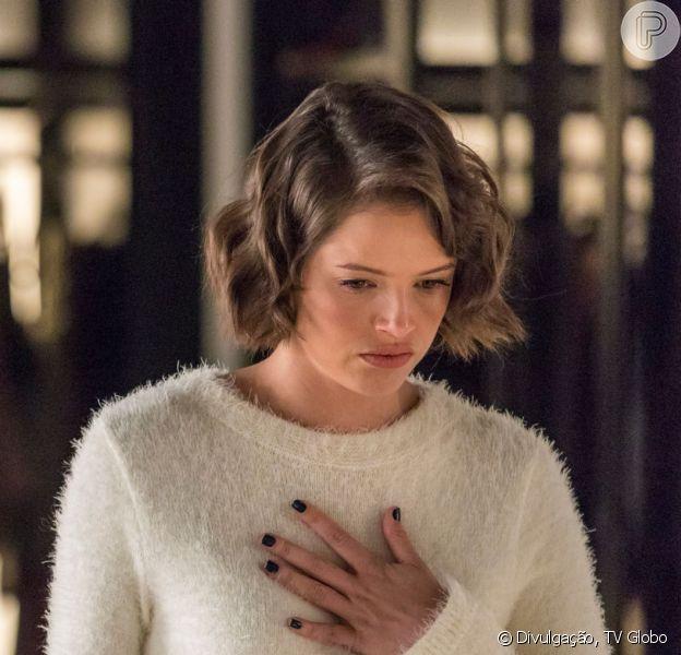 Nos próximos capítulos da novela 'A Dona do Pedaço', Jô (Agatha Moreira) é chantageada por Fabiana (Nathalia Dill) em leito de UTI após ser empurrada pela ex-noviça de uma janela