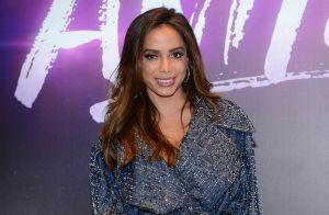 Anitta abre jogo sobre bissexualidade, depressão e preconceito: 'Sempre sofro'