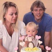 Que fofura! Filha de Eliana canta parabéns fantasiada em festa de 2 anos. Vídeos