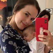Thaeme explica estratégia para a filha, Liz, dormir: 'Colo da avó'. Entenda!