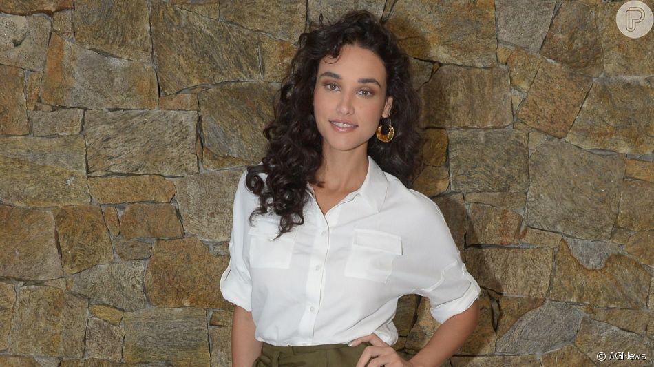 Débora Nascimento pretende contar à filha, Bella, como foi o processo de separação de José Loreto