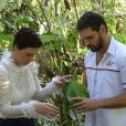 Na novela 'Topíssima', Antonio (Felipe Cunha) e Sophia (Camila Rodrigues) sofrem acidente de helicóptero. Gravações se estenderam por nove dias em cinco cenários diferentes. Detalhes!