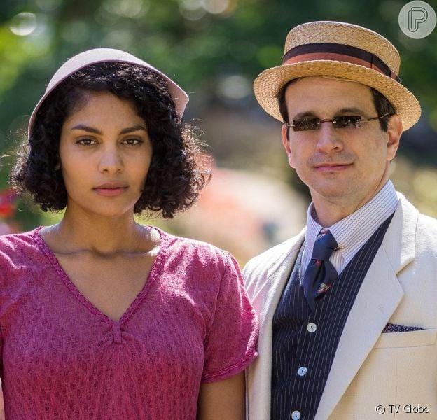 Shirley (Barbara Reis) decide ir morar com João (Caco Ciocler) na novela 'Éramos Seis'
