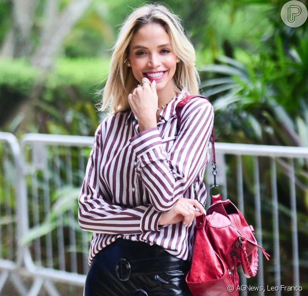 Noiva de Kaká, Carol Dias aposta em look trendy para desfile no SPFW nesta terça-feira, dia 15 de outubro de 2019
