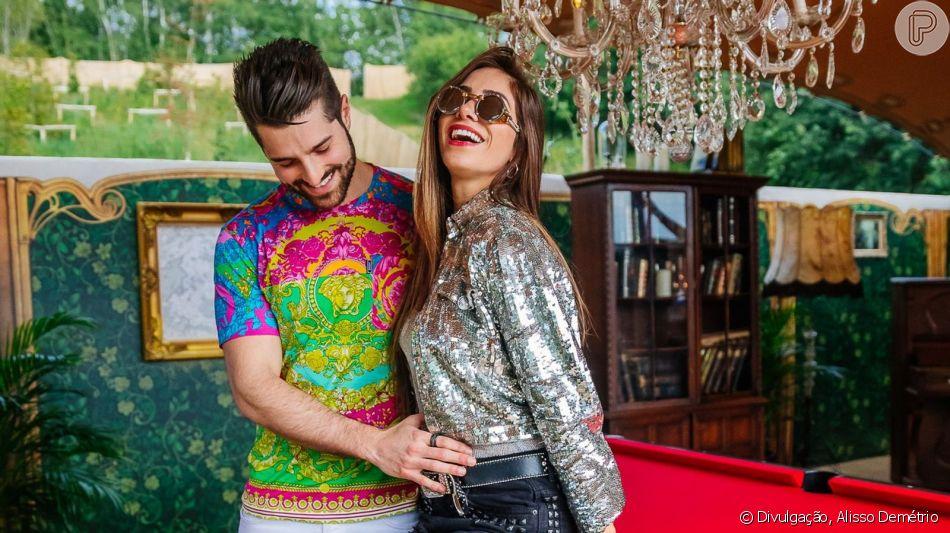 Mulher do DJ Alok, Romana Novais mostrou barriga de gravidez e tamanho chamou atenção em vídeo