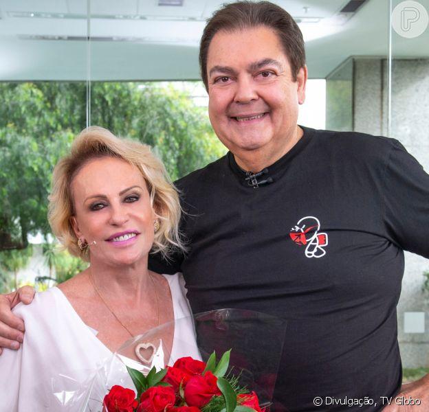 Fausto Silva foi convidado do especial do 'Mais Você' nos 20 anos do programa e ganhou homenagem da família