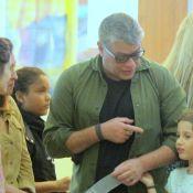 Fabio Assunção e filha tietam Luisa Arraes após assistirem peça da atriz. Fotos!