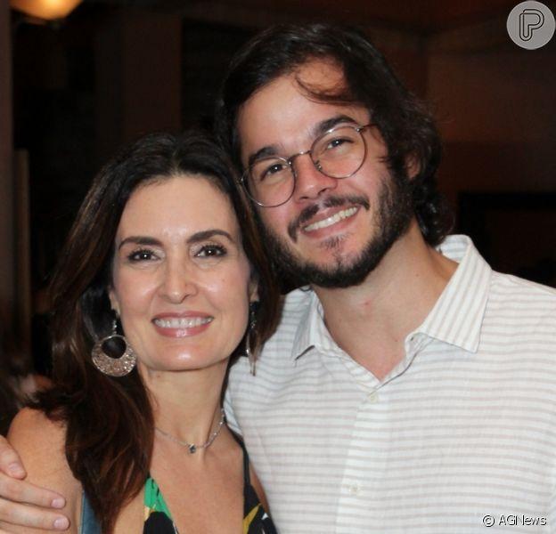 Fátima Bernardes e Túlio Gadêlha comemoram dois anos de namoro com troca de declarações nas redes sociais, em 3 de novembro de 2019