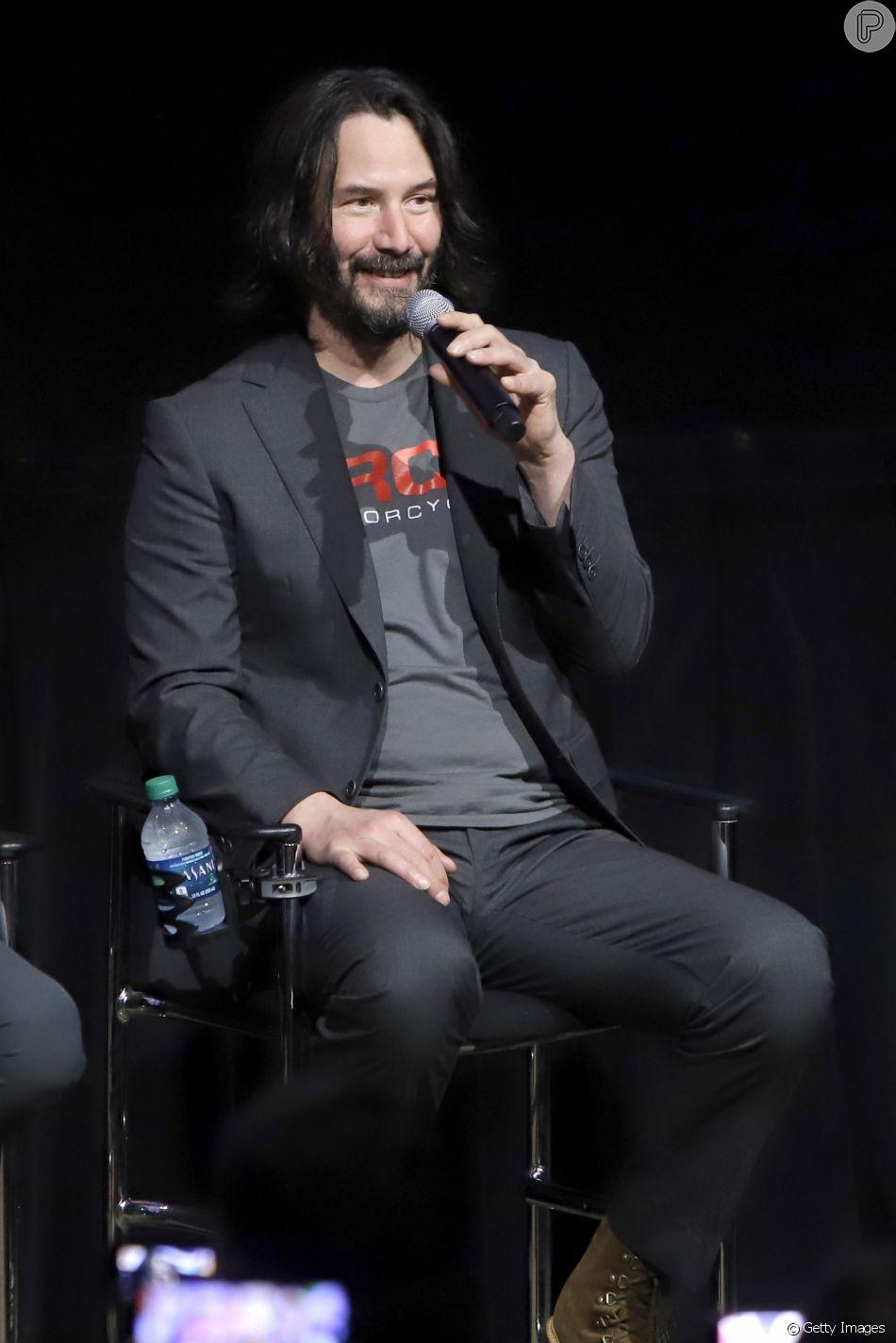 Keanu Reeves não tornava público um relacionamento há quase 20 anos